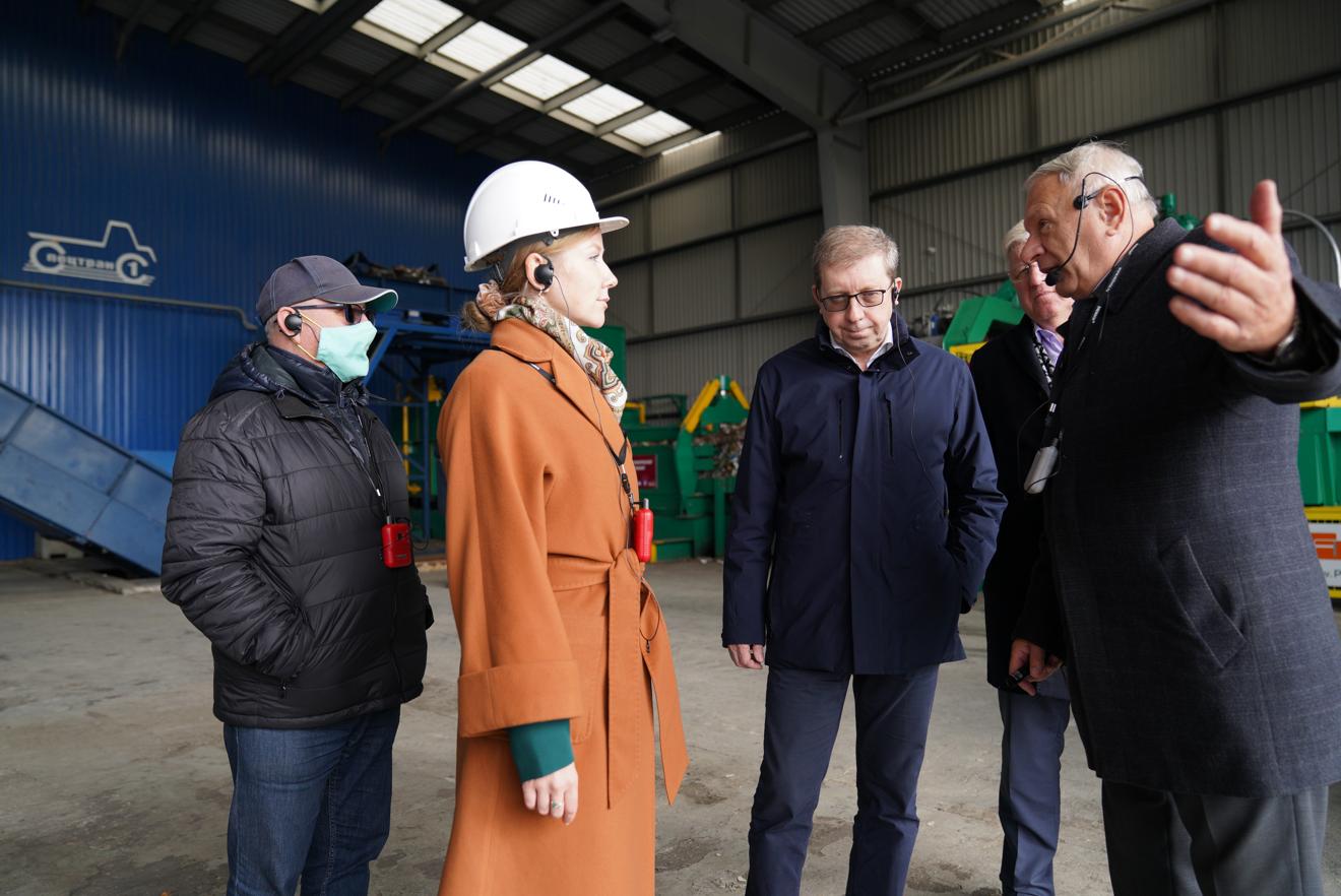 Делегация во главе с членом Совета Федерации посетила мусорообрабатывающий комплекс «Обухово»