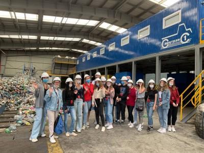Сто будущих экологов посетили экскурсии на МОК